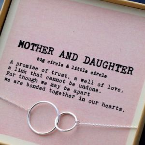 normal_mother-and-daughter-bracelet