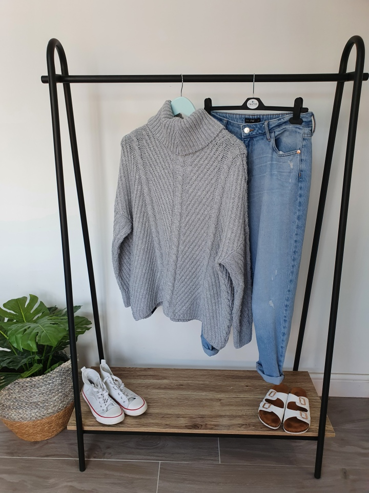 Project 333 Wardrobe Outfit Ideas