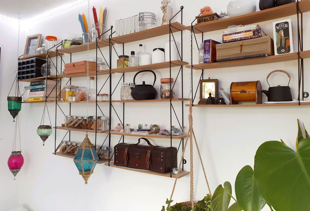 Witchcraft shelves